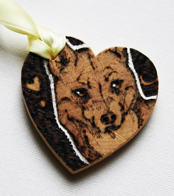 Pyrography Wooden Heart Tag -  Dingo Love Token - Custom Message