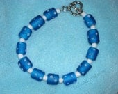 Blue & White Bracelet, single strand glass beads, with silver heart toggle clasp