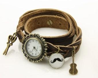 bracelet Brown leather strap black mustache