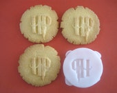 HARRY POTTER inspired logo COOKIE Stamp, recipe and instructions - make your own Harry Potter inspired cookies