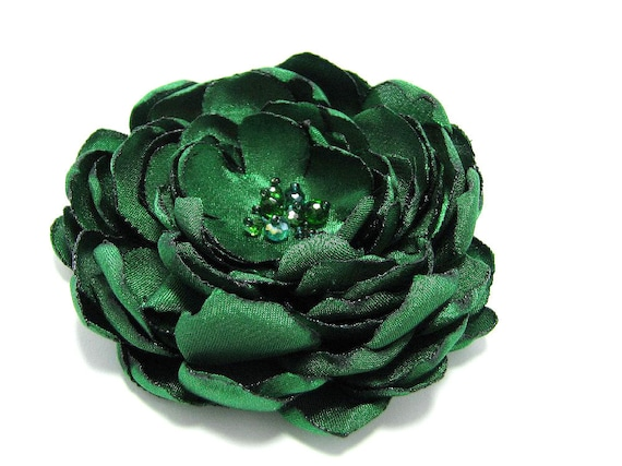 SALE: 50% OFF - Emerald green fabric flower brooch, bridesmaid hair clip, emerald bridal sash, colour of the year 2013