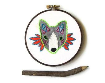 ON SALE! Fox Hand Embroidery Hoop Art : Princess Warrior Fox Embroidered Hoop (with MountRoyalMint) - Woodland Autumn Home Decor