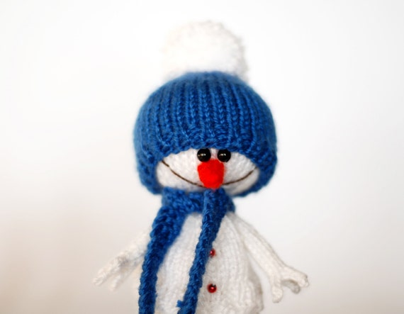 Snowman Hat Knitting Pattern : Lovely and sweet Snowman in the blue hat and scarf for by deniza17