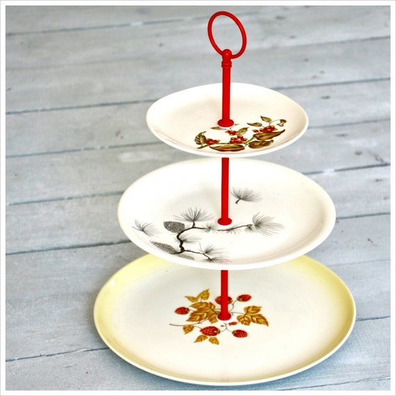 Emerson: Cake Stand, Vintage Serveware, Wedding Decorations, Fall Colors