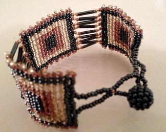 Sweetheart Dusty Rose and Gray Beaded Bracelet