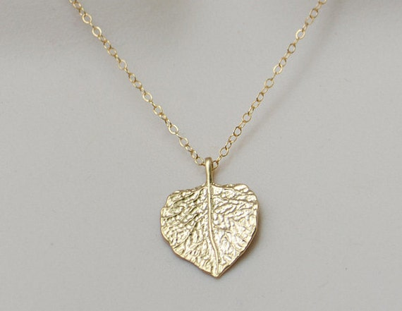 Gold leaf 14K gold filled necklace -  Jennifer Aniston Courtney Cox Jules Cobb Cougar Town