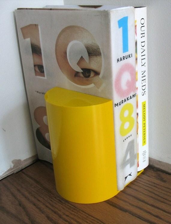 Mod Yellow Plastic Bookend Single