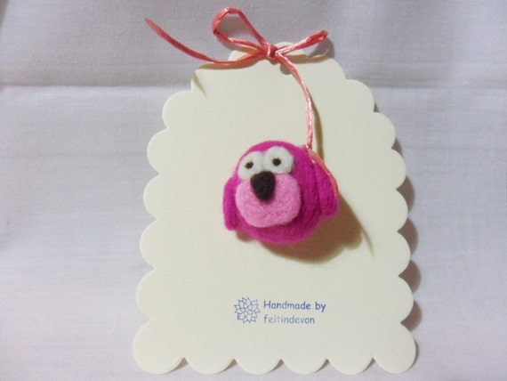 needle felted owl brooch  - miniature pink owl - 100% Merino Wool - needle felt brooch