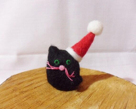 Needle Felted Christmas Cat - Christmas Ornament - 100% merino wool - needle felt cat