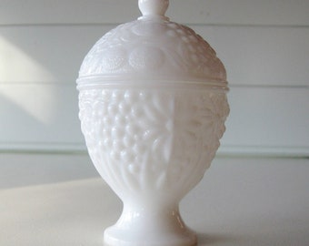 Avon Milk Glass Candy Dish, Shabby Chic, Cottage, Country, Trinket Dish, Jewelry Holder
