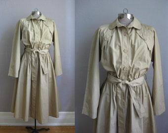 1970s Vintage Trench Coat Guy Laroche Paris Khaki Tan 70s Jacket / Large