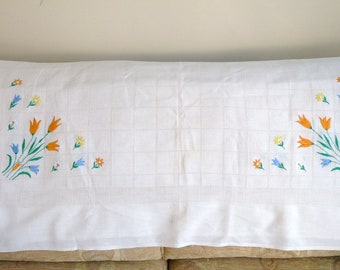 Vintage Tulips and Daisies Cream LInen Cotton Tablecloth