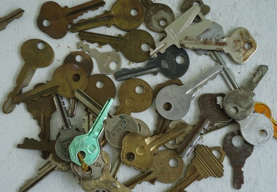 Keys Vintage Wedding Favors Cottage Chic Decor Jewelry Findings Steampunk