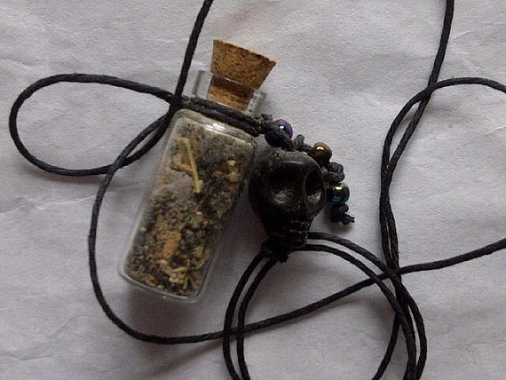 Powerful Protection Amulet,  Banishing, Uncrossing, Unhexing, Witch Made, Dark Moon Blended and Consecrated