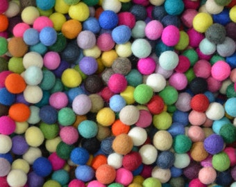 50pcs Multiple Colors Felt Balls (1cm)