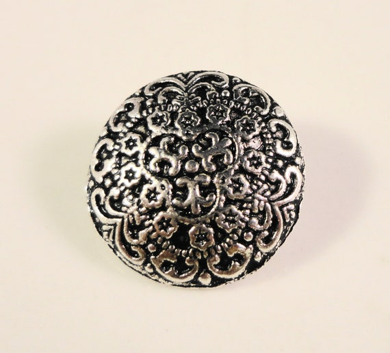 Metal Shank Buttons 17x7mm Antique Silver Tone Metal Round Filigree Buttons, Fancy Buttons, Wrap Bracelet Buttons, Sewing Supplies, 5pcs