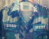 HIPSTER camouflage  army studded jacket.