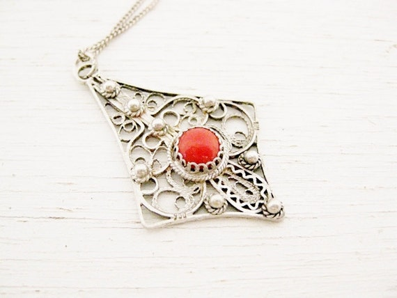 vintage filigree 900 silver. Spiney Oyster Stone. THE CADENCE.
