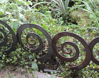 "5.5"" Alternate Spiral Garden Stake, Steel Garden decor, planter edge, Garden edging"