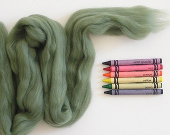 MERINO WOOL ROVING / Ivy Green 1 ounce / merino top wool for wet felting, needle felting, baby photography props, basket filler, spinning