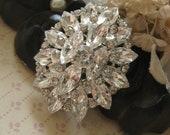 Romantic oval wedding bridal rhinestone crystals dress brioch pin