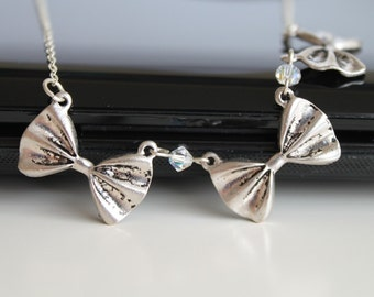 Three bows necklace, small silver necklace, Swarovski necklace, simple everyday jewelry