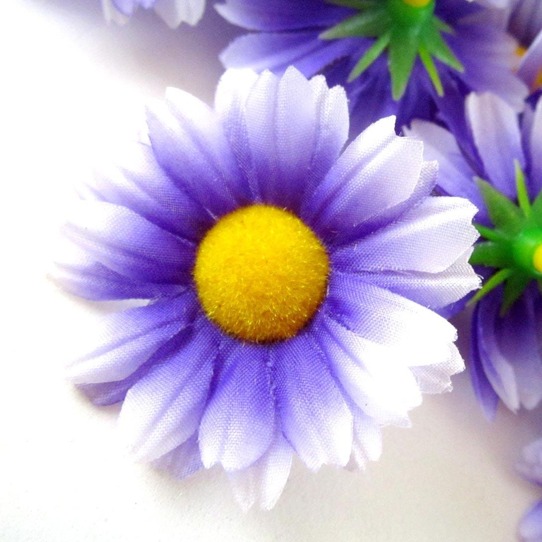 Purple Daisy Flower: 12 Purple With White Edge Gerbera Daisy Heads Artificial