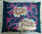 """MEISEN KIMONO SILK from vintage Japanese kimono, hand-sewn pillow cushion. Statement piece, 40x50cm or 16x20"""""""