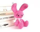 Small sitting rabbit - Cute amigurumi bunny - Crochet stuffed animal - Tiny amigurumi toy - Cotton and acrylic blend - Pink - MADE TO ORDER
