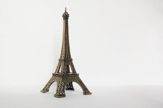 La Tour Eiffel Tower Paris France Vintage Souvenir Vacation Holiday Ornament  Architecture