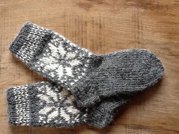 SALE Handknit pattern women woollen socks