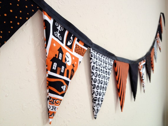 Halloween Fabric Banner with 13 Retro Inspired Pennants in Black and Orange. Stripes, Argyle. Vintage Halloween.