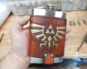 Legend of Zelda 8oz Hip Flask Holder with Flask