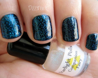 Companion Fairy Color Shifting Sparkle Turquoise Blue Effect Top Coat Nail Lacquer Indie Starlight and Sparkles Polish