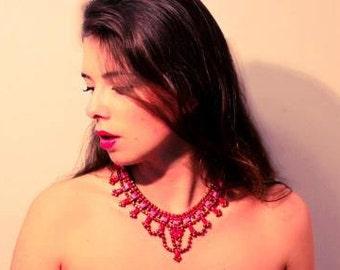 V I K A Bib Necklace