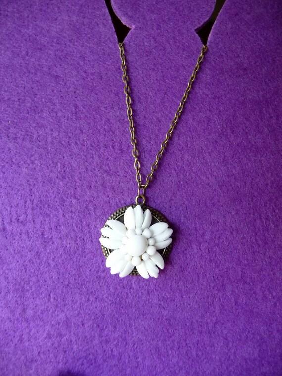 Vintage White Flower  Milk Glass Necklace - Antique Bronze