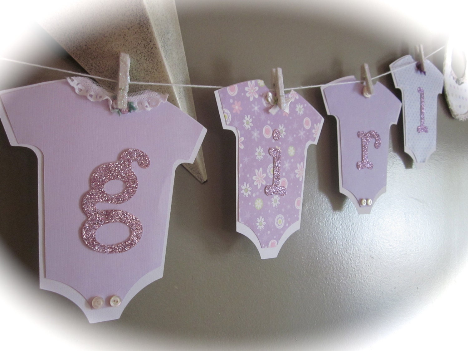 Welcome baby its a girl banner shower baby by thepinkpapermill for Baby shower decoration ideas diy