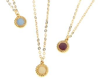 enamel necklace- pendant necklace- vintage style jewelry- small pendant necklace- round pendant- gold stud necklace