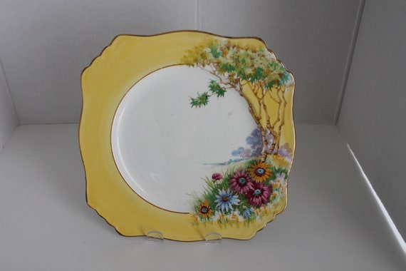 Vintage Royal Winton Square Ascot Plate Tree & Daisies