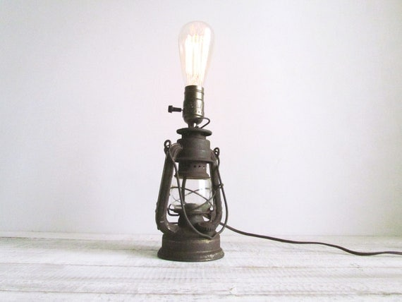 Vintage Rustic Upcycled Rustic Oil Lantern Lamp