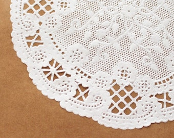 Small French paper doilies - set of 20