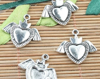 26pcs Tibetan Silver color heart with wings design charms EF0032