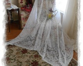 "Long COTTAGE VINTAGE Tablecloth Lace Lacy Victorian Ornate Floral White Shabby Cottage Chic 59"" x 100"""