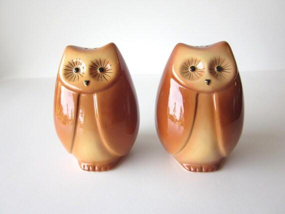 Owl Salt and Pepper Shakers-Ceramic