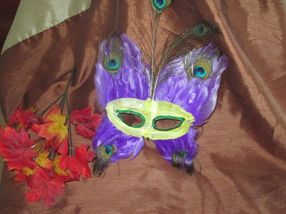 Vintage Feathered Butterfly Mask Halloween Costume, Accessory