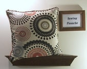 Circles make flowers pillow cover