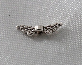 20 pcs Antiqued Silver Small Angel Wings
