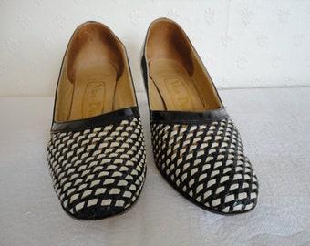 Vintage Van Dal Leather Navy Blue & White Weave Shoes - 1950s - UK Sz 6D US 8.5 Eur 39