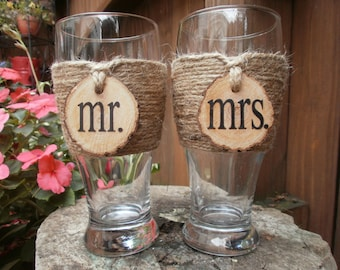 Mr. & Mrs. Country/Shabby Chic Pilsner Toasting Glasses (set of 2)