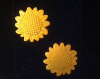 Yellow Sunflower Earrings Silvertone Stainless Steel Pierced